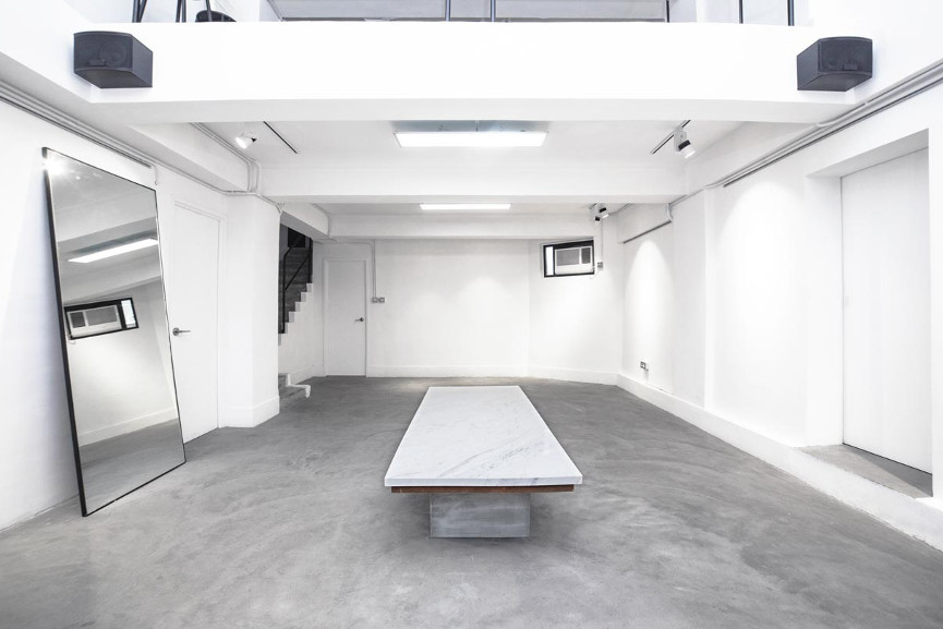Art Gallery Space for rent in Hong Kong - Image via pinterestcom