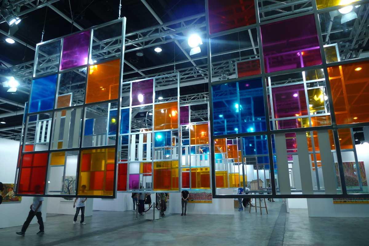 Art HK 2012 - Image via postismcom