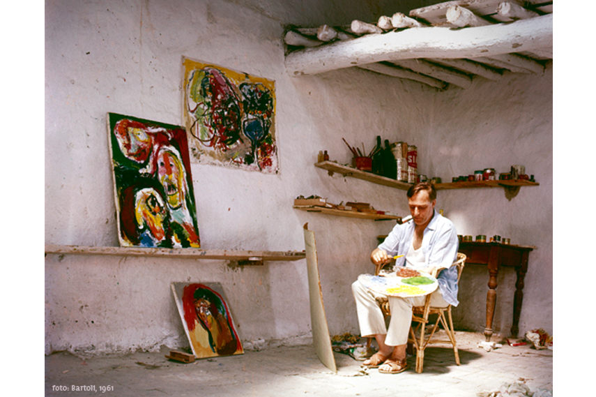 Asger Jorn pictured while painting in 1961 - Photo credit Bartoli - Image via Museumjorn dk