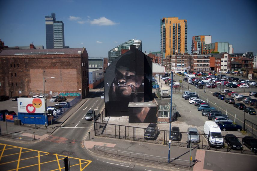 Axel Void mural, photo by Axel Void