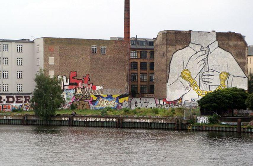 BLU -Mural, Berlin, 2009