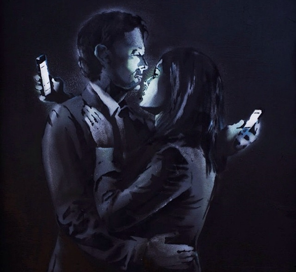 Banksy, Mobile Lovers (2014)