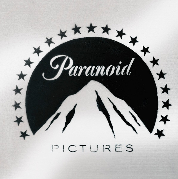 Banksy-Paranoid Pictures-2005