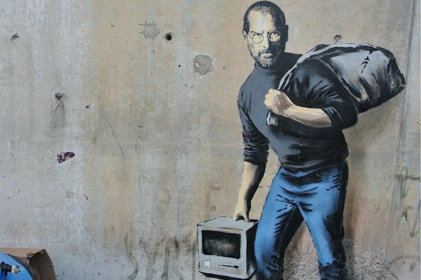 https://d2jv9003bew7ag.cloudfront.net/uploads/Banksy-Stebe-Jobs-mural-2.jpg
