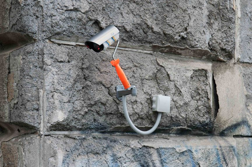 Biancoshock - Graffiti CCTV, Roma, Italy, 2018, Credits Carmelo Battaglia-LR