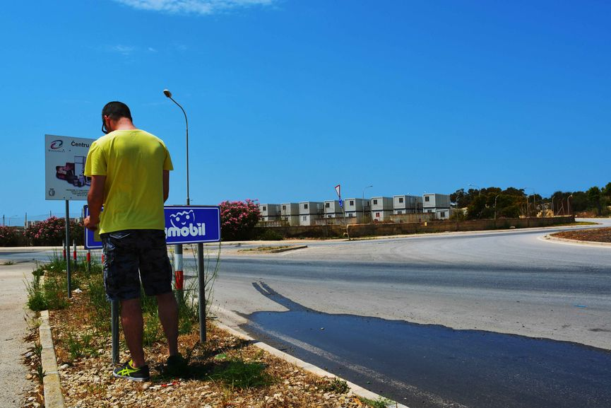 Biancoshock, Playmobil, Hal Far, Malta, 2015-LR