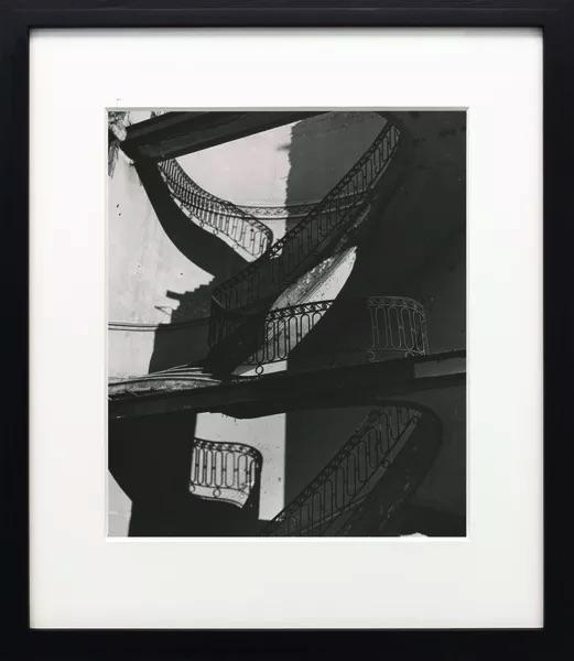 Bill Brandt - Bombed Regency Staircase, Upper Brook Street, Mayfair, 1942
