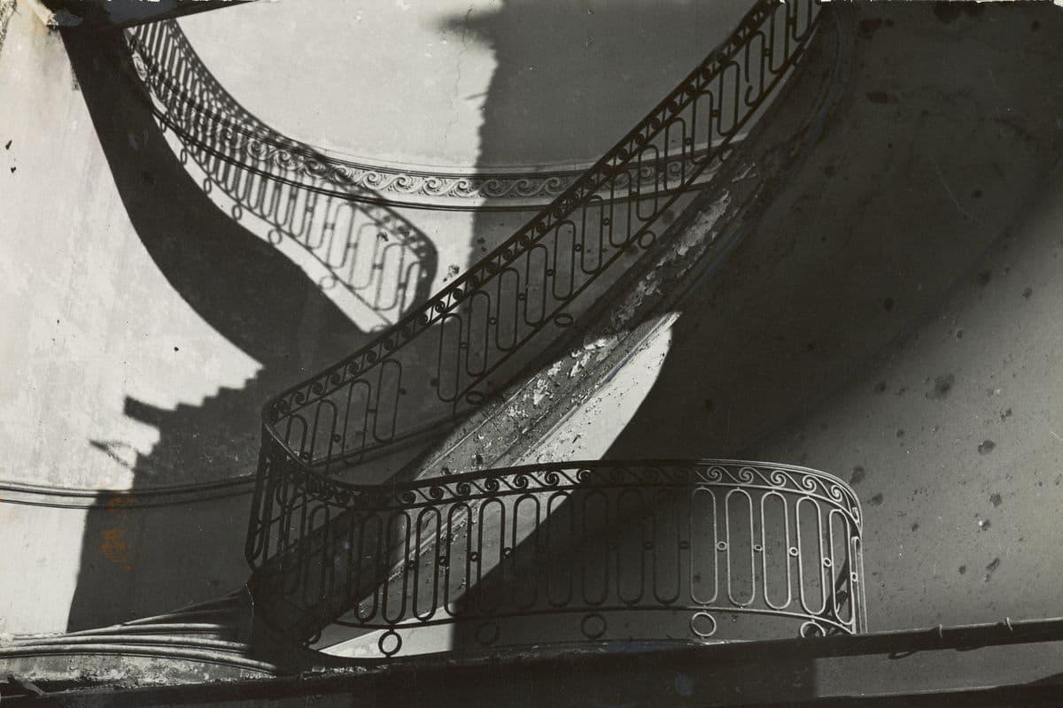 Bill Brandt, Bombed Regency Staircase, Upper Brook Street, Mayfair (detail), 1942
