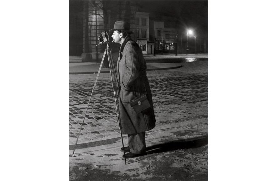 Brassaï - On the boulevard Saint-Jacques, 1930-32
