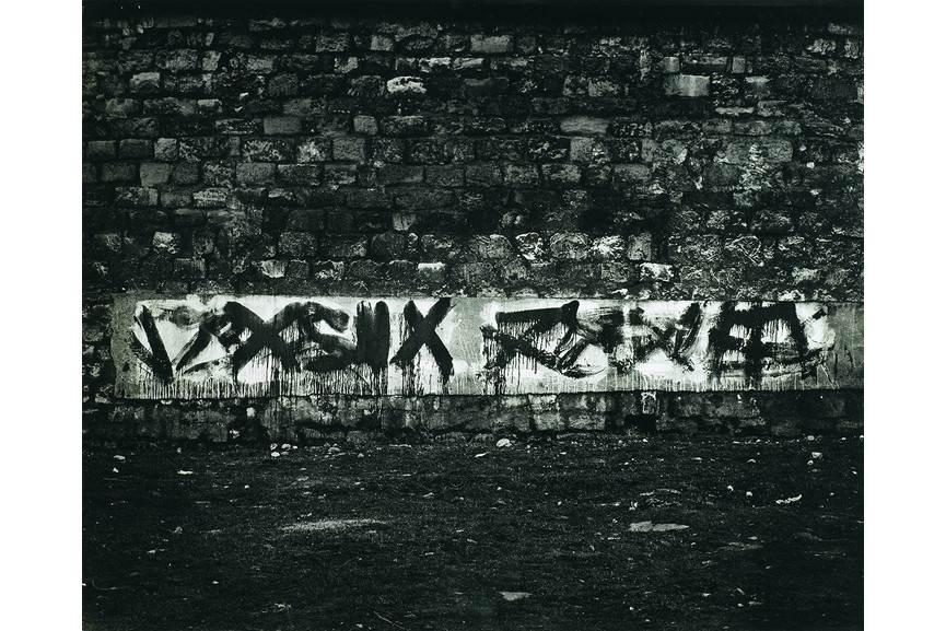 Brassai - Graffiti de la serie II