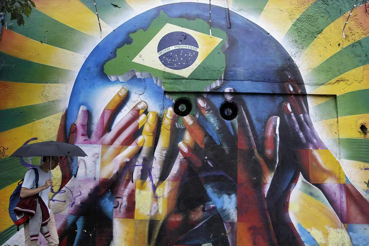 graffiti world brazil 2014 cup facebook twitter home culture