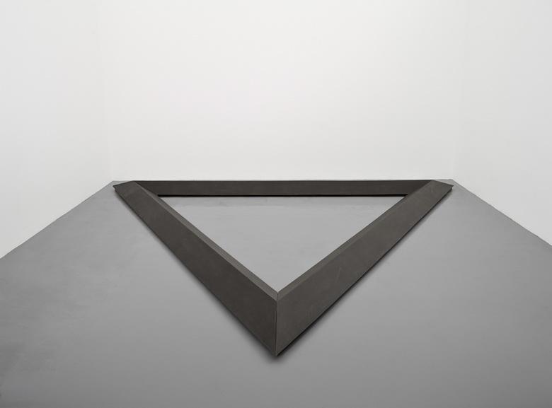 Bruce Nauman - Triangle