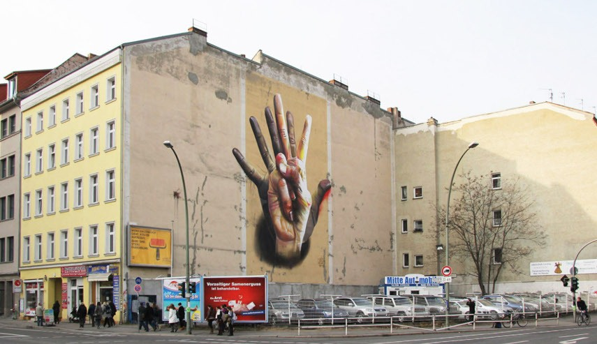 CASE Maclaim - Unter der Hand Mural in Berlin, 2016 - Image via andberlincom