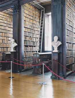 Candida Hofer-Trinity College Library Dublin III-2004
