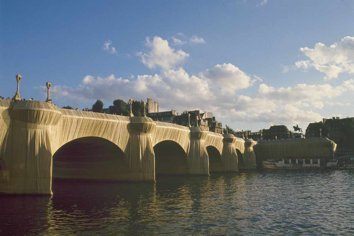 Christo & Jeanne Claude - The Pont - Neuf Wrapped
