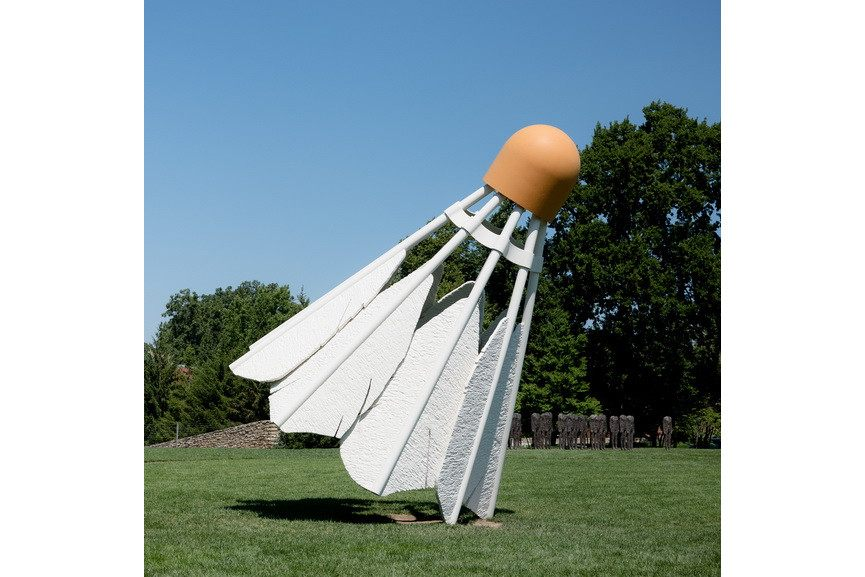 Claes Oldenburg and Coosje van Bruggen – Shuttlecocks