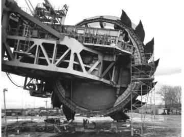 Claudia Fahrenkemper - Shovelwheel excavator 292 Shovel wheel, 1991