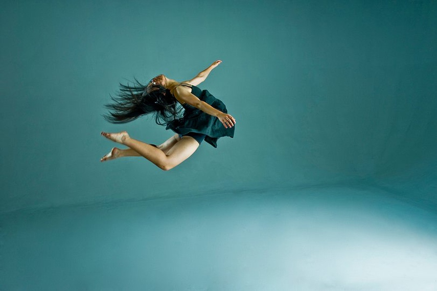 The dancer of extensive education choreographed for Hong Kong Youth Arts Foundation for culture