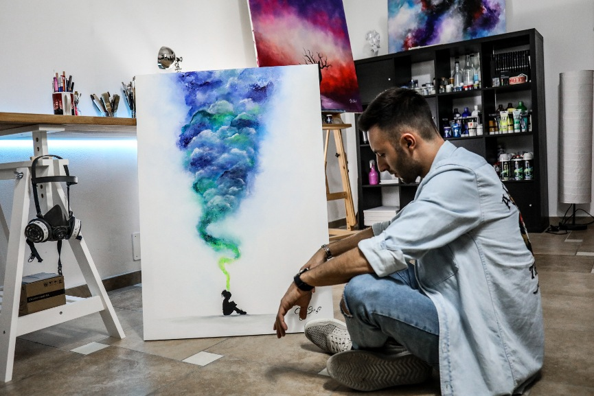 Photo of the artist