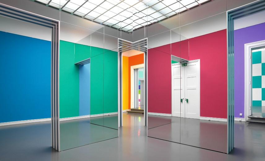 Daniel Buren - Installation View at Kunsthalle Situ Baden-Baden - Image via s3amazonawscom