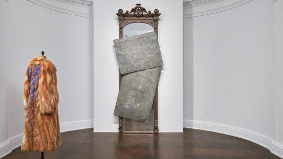David Hammons - Photo of an untitled instalation - Photo via Tom Powel Imaging