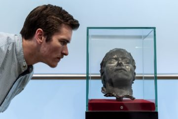 When Big Art Goes Home - A New Exciting Project by the National Portrait Gallery