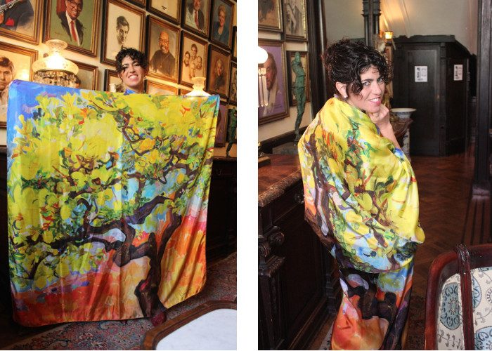 Dena Lyons with her scarves, photo by Guillermo Luna, credits - Fashion Topic, scarves