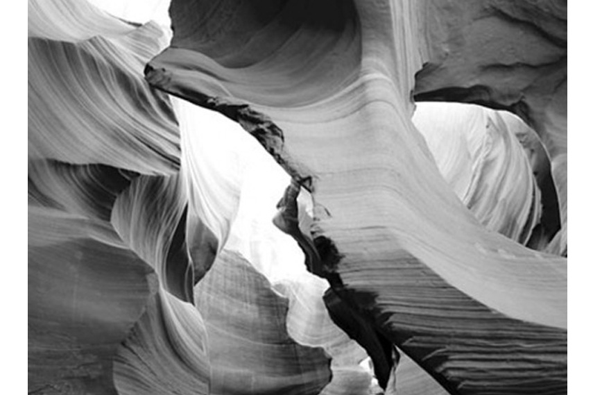 Dennis Konstantin - Nature 4 - Image via Denniskonstantin com