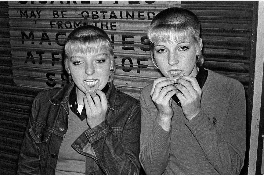 Skinhead Girls Widewalls