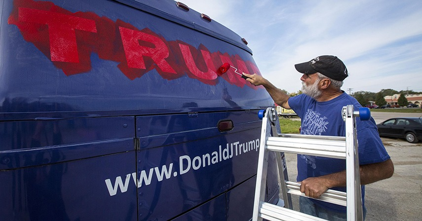 Donald Trump Campaign Bus Art sports news iowa republican 2015 philadelphia gleeson today miami iowa sports news email video