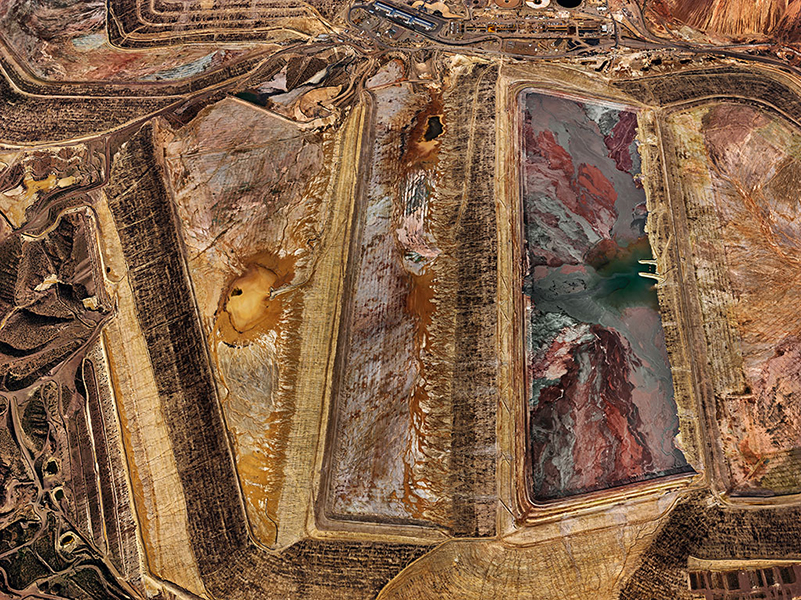 Edward Burtynsky - Morenci Mine #2, Clifton, Arizona, USA, 2012