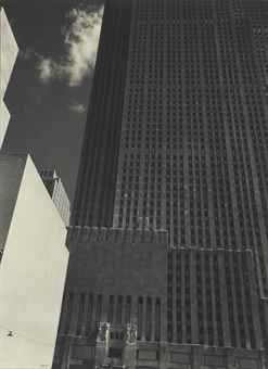 Edward Steichen-Rockefeller Center-1932