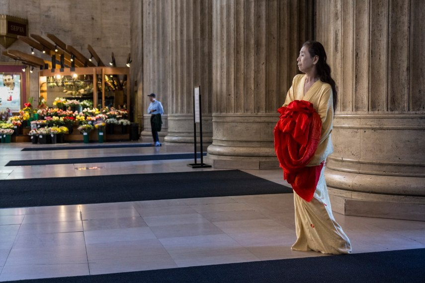 Eiko Otake - Eiko in 30th Street Station, November 2014