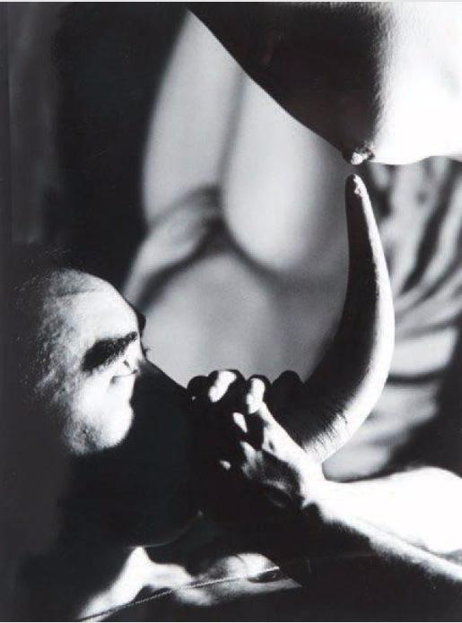 Eikoh Hosoe-Ordeal by roses #12-1961