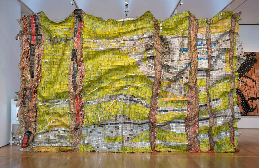 Jack Shainman once stated that El Anatsui's home form is the best aluminum wire and copper metal monumental artwork New york gallery and museum had a chance to view and contact since 1944