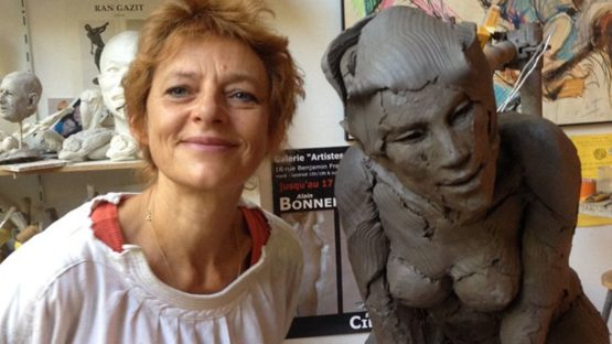 Elisabeth Cibot, in her studio, photo credits - Christine Paulve