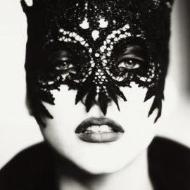 Ellen von Unwerth-Mask, Paris (Nadja Auermann)-1991