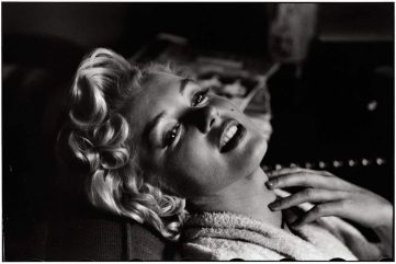 Elliott Erwitt - Marilyn Monroe, New York, 1956