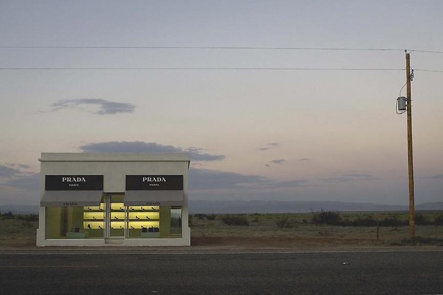 Elmgreen & Dragset - Prada Marfa, 2005