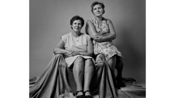 Erwin Olaf - Squares Sisters
