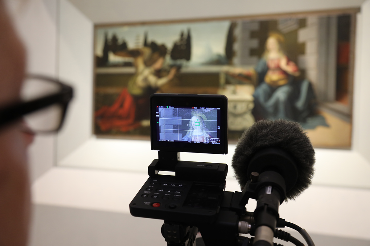Filming EXHIBITION ON SCREEN Leonardo The Works