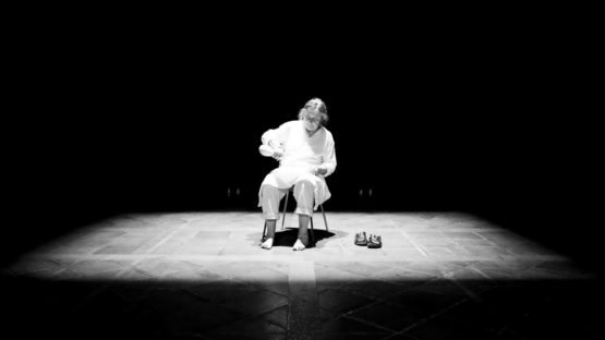 Fina Miralles - Pregaria, 2012, performance at FEM Corpologia Women's Live Art Meeting - image courtesy of Live Art Achive