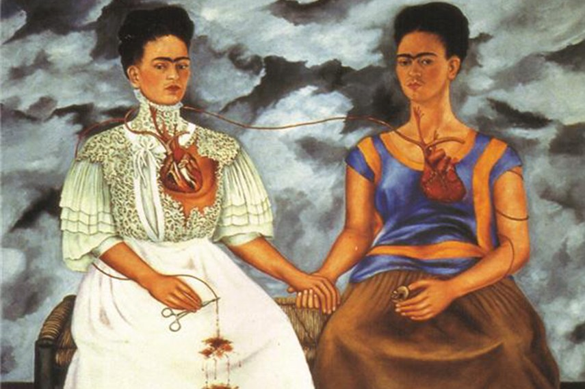 Many Diego Frida Kahlo pieces are in a museum