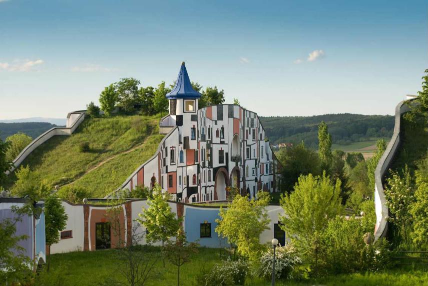 Friedensreich Hundertwasser - hundertwasser's exhibition hundertwasser austrian austria house zealand contact hundertwasser