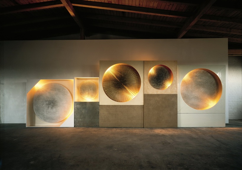 Günther Uecker - Fünf Lichtscheiben – Kosmische Vision