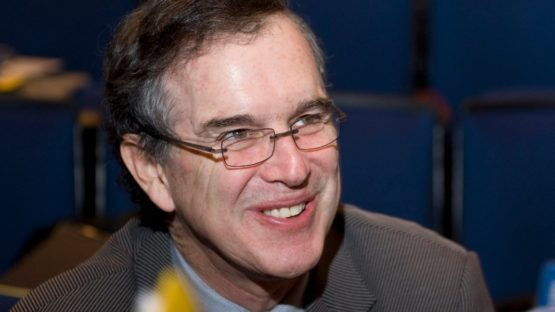 Garry Trudeau portrait - Photo by Douglas Healey, Image source Huffington Post