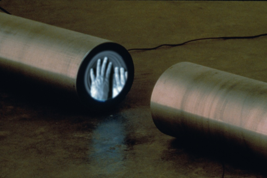 Gary Hill - Cut Pipe, 1992 - Image via expandedtonspurat