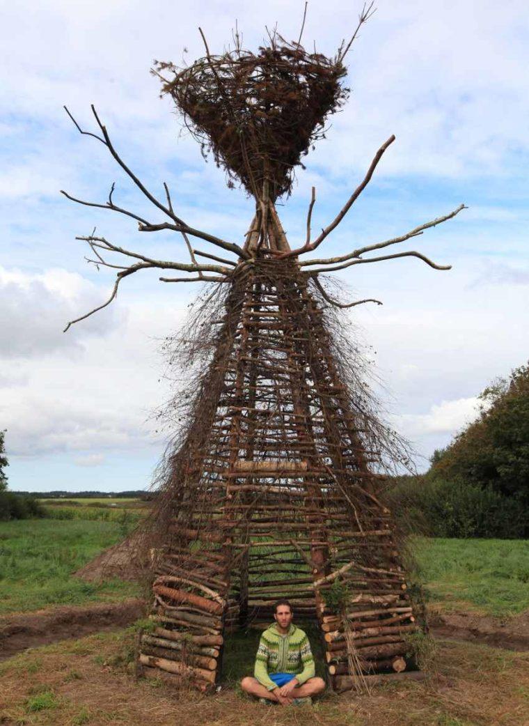 Gola Hundun - Yggdrasil Cromlech installation, Vra, Denmark, 2016