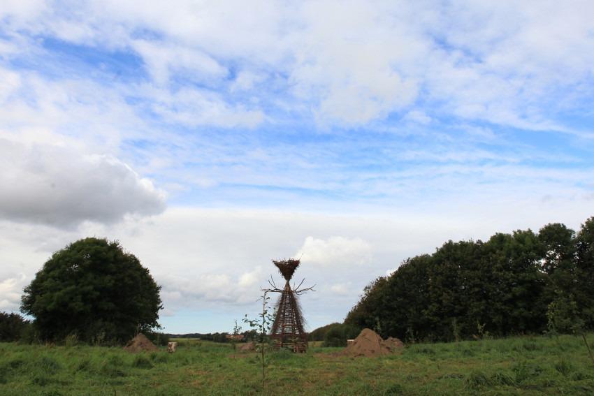 Gola Hundun - Yggdrasil Cromlech, installation in Vra, Denmark, 2016