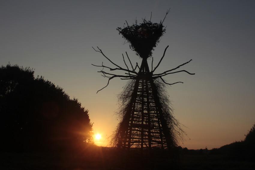 Gola Hundun - Yggdrasil Cromlech, installation in Vra, in Denmark 2016